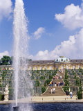 Fountain, Schloss Sanssouci (Sanssouci Palace), Unesco World Heritage Site, Potsdam, Germany Papier Photo par James Emmerson