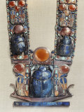 Pendant in the Form of a Boat Showing a Scarab, the Symbol of the God's Resurrection, Thebes, Egypt 写真プリント : ロバート・ハーディング