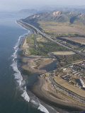 Aerial View of Ventura Point, Ventura River and Emma Wood State Beach, California Photographie par Rich Reid