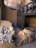 Ancient Wine Store with Amphora Storage System in Herculaneum, Italy Fotografie-Druck von Richard Nowitz
