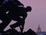 Iwo Jima Memorial with U.S. Capitol in Background, Washington, D.C. Stampa fotografica di Kenneth Garrett