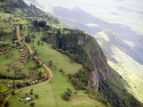 Elgoyo Escarpment with Tea Cultivation Looking E into the Rift Valley, Kenya Fotografisk tryk af Michael Fay