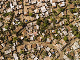 Poor Neighborhood in Urban Maputo, Mozambique Fotografisk tryk af Michael Fay