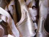 Heap of Ballet Shoes at Ballerina Camp, Aspen, Colorado Fotografisk tryk af Kate Thompson