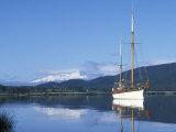 Sailboat Manuska on Lake Te Anau, Te Anau, New Zealand Photographic Print by Rich Reid