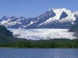 Mendenhall Lake, Mendenhall Towers, Glacier and Mount Wrather, Alaska Fotografisk tryk af Rich Reid