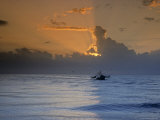 Shrimp Boat in the Gulf of Mexico at Sunset Fotografie-Druck von Kenneth Garrett