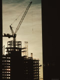 Silhouette Crane at a Skyscraper Construction Site, New York Fotografie-Druck von Ira Block