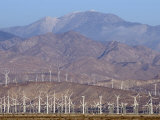 Wind Turbines Generating Electricity in Coachella Valley, California Fotografisk tryk af Rich Reid