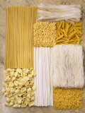 Various Types of Pasta Arranged in a Rectangle Fotografisk tryk af Nikolai Buroh