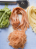 Various Types of Home-Made Pasta with Pastry Wheel Fotografisk tryk