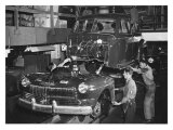 Mercury Automobile Assembly Line, 1946 Giclee Print