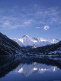 Gokyo Lake, Khumbu Valley, Sagamartha Np, Nepal Photographic Print by Jon Arnold