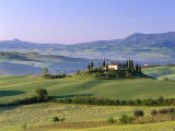 Val d'Orcia, Countryside View, Farmhouse and Green Grass and Hills, Tuscany, Italy Photographic Print by Steve Vidler
