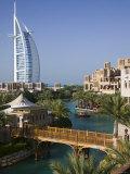 Burj Al Arab Hotel from the Madinat Jumeirah Complex, Dubai, United Arab Emirates Fotografisk tryk af Walter Bibikow