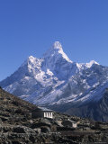 Ama Dablam, Himalayas, Nepal Reproduction photographique par Jon Arnold
