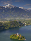 Lake Bled, Gorenjska, Slovenia Photographie par Walter Bibikow