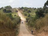 Dirt Road, Uganda, Africa Fotografisk tryk af Ivan Vdovin