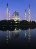 Mosque, Shah Alam, Selangor Region, Malaysia Photographic Print by Gavin Hellier