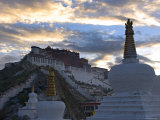 Potala Palace, Lhasa, Tibet Photographic Print by Michele Falzone