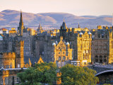 Skyline of Edinburgh, Scotland Fotografie-Druck von Doug Pearson