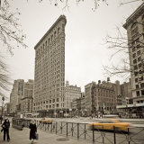 Flatiron Building, Fifth Avenue and Broadway, New York City, USA Photographic Print by Alan Copson
