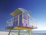 Lifeguard Station at Miami Beach, Miami, USA Fotografie-Druck von Peter Adams