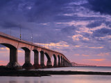 Confederation Bridge, Borden-Carleton, Prince Edward Island, Canada Fotografie-Druck von Walter Bibikow