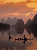 Cormorant Fishermen, Li River, Yangshuo, Guangxi, China Lámina fotográfica por Flagg, James Montgomery