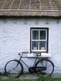 Cottage, Gencolumbkille, Donegal Peninsula, Co. Donegal, Ireland Photographic Print by Doug Pearson