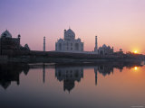 Taj Mahal, Agra, Uttar Pradesh, India Photographic Print by Gavin Hellier