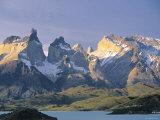 Torres Del Paine, Patagonia, Chile Lámina fotográfica por Peter Adams