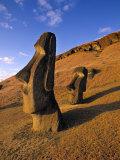 Moai Quarry, Easter Island, Chile Lámina fotográfica por Walter Bibikow