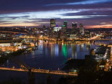 Downtown View from West End Overlook, Pittsburgh, Pennsylvania Photographie par Walter Bibikow