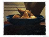 Pears in a Blue Bowl Giclée-Druck von Helen J. Vaughn