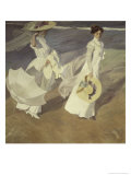 Stroll to the Edge of the Sea Giclee Print by Joaquín Sorolla y Bastida
