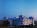 Reichstag Ost und Nordfassade in Abenddammerung Photographic Print by  Christo