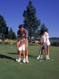 Family Golfing, Mt. Shasta, CA Lámina fotográfica por Mark Gibson