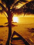 Fishing Boat Under Palm Tree, Sunset, Kho Samui Reproduction photographique par Kevin Law