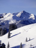Distant View of Downhill Skiers, Vail, CO Lmina fotogrfica por Jack Affleck