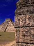 Ancient Mayan City Ruins, Chichen Itza, Mexico Photographie par Walter Bibikow