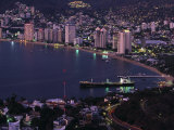 Acapulco Bay and Beach, Acapulco, Mexico Photographic Print by Walter Bibikow