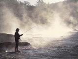 Pêche à la mouche dans la rivière de Contoocook, Henniker, New Hampshire Papier Photo par David White
