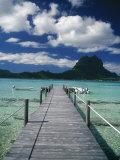 Scenic Dock off Motu Tapu, Bora Bora Fotografisk tryk af Barry Winiker