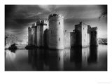 Bodiam Castle, Bodiam, Sussex, England Giclee Print by Simon Marsden
