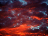 Clouds in Red Sky, Truckee, CA Fotografisk trykk av Kyle Krause