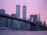 Brooklyn Bridge, Twin Towers, NYC, NY Fotografiskt tryck av Barry Winiker