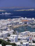 Aerial View of Mykonos Town, Mykonos, Greece Fotografisk tryk af Walter Bibikow