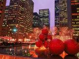 New York City at Christmas at Night, NY Fotografie-Druck von Rudi Von Briel