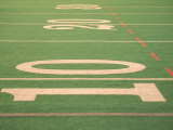 The Ten Yard Line on a Football Field Fotografisk trykk av Kindra Clineff